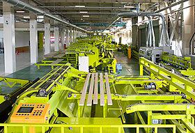 自社工場を活用してプレカットや、パネルの生産・組立を実施