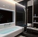 足を伸ばしてゆったりできるロング浴槽、ひんやりしないキレイサーモフロア、おそうじラクラクくるりんぽい排水口、キレイサーモフロア、サーモバスS、スイッチ付きエコフルシャワー(最大48%節水)、暖房換気乾