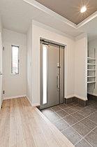 100年腐らない「緑の家」で安心快適な住まいをご提供します。