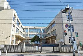 海老沼小学校…徒歩10分(770m)