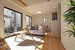 床暖房・食洗機・ロフト・張出天井などを<標準装備>です!