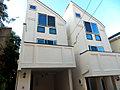 横浜駅徒歩10分×地震対策の制震装置×クラシカルモダンデザイン邸宅・全2邸