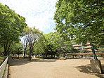 薬円台公園 徒歩12分(約900m)撮影日/平成28年4月