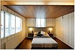 木のぬくもりを感じ、癒やしの空間となる寝室にはウォークインクローゼットも完備