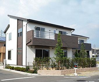 収納豊富なウォークインクローゼットのある家 (No.3)