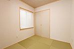 ダイニングのニッチは装飾スペースに! 空間に広がりと華やかさをプラスします (No.2-12)