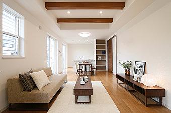 エネファームと太陽光発電を組み合わせた「ダブル発電」で、環境にも家計にも優しいエコ住宅(完成イメージ)
