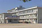 黒田小学校まで約780m