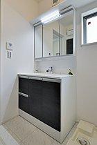 建築施工例「洗面化粧台」