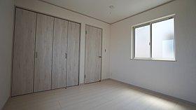 各居室、便利な収納付で後片づけ楽々