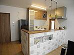 【モデルハウス】収納部の「しつど番」が大切な家具をカビや湿気から守ります。メーターモジュールだから、各居室はゆったりサイズ。