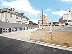 石畳やブルーのイタリアンガラスが設けられた『市川1丁目』に相応しいワンランク上の分譲地です。この場所で『日本の四季の情景と移ろいゆく時間の豊かさを感じる生活』を手に入れませんか?