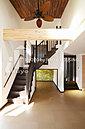 イクヨハウジングでお家を建てられたお客様の施工実例になります。ひろびろリビングはご家族のとっておき空間。素敵なおくさまのキッチンはリビングと連なり解放的に。