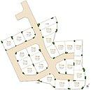 全区画30坪超の全22区画。2台駐車が可能な広々したガレージ。街の入り口を限定した街路設計で、車も余裕を持って通行できる道路幅を確保。