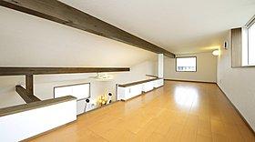 独立性とLDKとの一体感を兼備えた和室空間。
