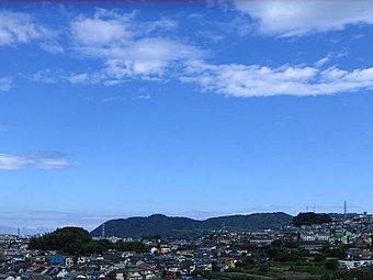現地からの眺望図。高台に位置するめぐみが丘ならではの風景です。