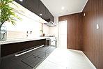 モデルハウス洗面:幅90cmの大きな化粧台