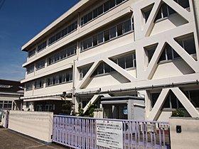 市立木田小学校まで徒歩7分。