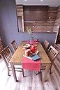 ダイニングは対面式キッチンでしゃれた空間にデザインしました。(当社施工例)