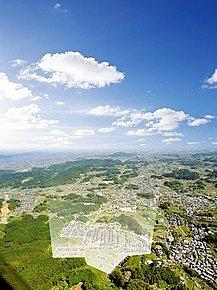 橿原郊外に位置する全350区画の自然に囲まれたビッグタウン。