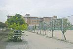 陽東中学校 (徒歩13分・約1,010m)