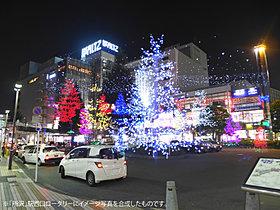 冬時期にはイルミネーションが光彩る「所沢」駅