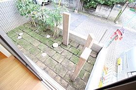ゆとりの広さがございますので、庭スペースも勿論、確保。
