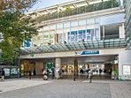 小田急小田原線「成城学園前」駅 距離約1360m