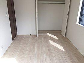 【クローゼット】 各居室収納付!