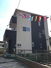 平成29年3月中旬完成予定。4LDKこだわり住宅です。