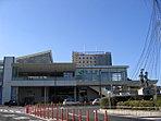 勝田駅まで3200m (車10分)。2016年3月に新しい道路「西中根田彦線」が開通し、勝田駅までのアクセスがさらに良好に!電車を利用した通勤やお出かけにも大変便利な環境です。