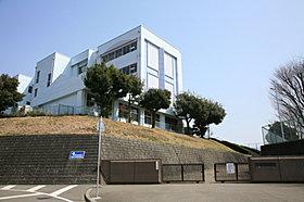下根中学校まで900m (徒歩13分・自転車5分)