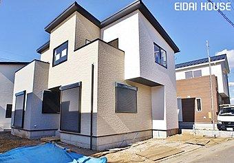 【☆12号棟☆現地外観写真】三色のサイディングのカラーを用いたオシャレなデザインの外観!構造にも重視した永大こだわりの新築住宅です!
