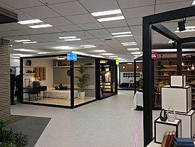 8階:モデルルーム、部屋のコーディネート提案、サンプル展示