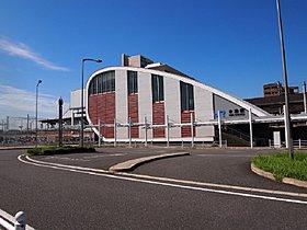 JR木津駅へのバスはピーク時で1時間に4本以上出発