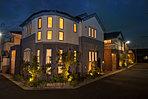帰宅するご家族を暖かく迎える照明計画。