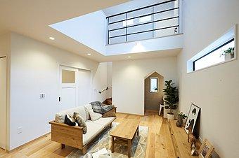【当社施工例】無垢材、漆喰を使用した自然素材住宅!!