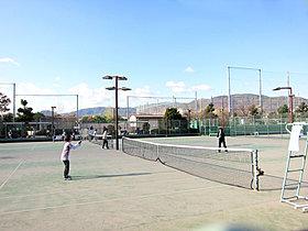 テニスコート(スポーツセンター内)