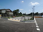 分譲地内に公園も完備されています。