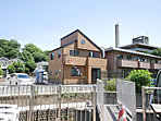所沢駅徒歩物件です。他、「西所沢」駅「航空公園」駅の3駅利用が出来ます。