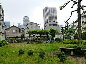 関東団地児童遊園地 当物件から320m