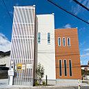 シンプルデザインの家