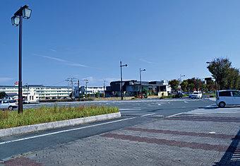 けやき通りと浜線バイパスに近く、利便性の良い環境です。