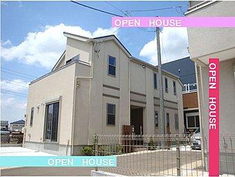 イトーピアホームの注文建売住宅。全5区画 家具の入った2号棟。 週末OPEN HOUSE。