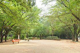 駒場野公園まで徒歩9分