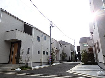 外観 街並みに調和するシンプルで飽きのこないデザイン。閑静な緑あふれる街並みが誕生しました。