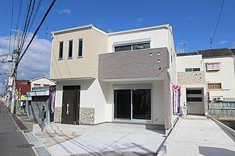 A号地モデルハウス。開放的な立地を是非ご覧ください。