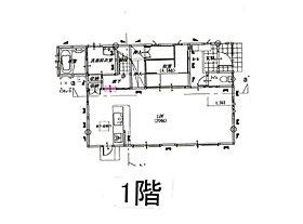 1階図面です。LDKから階段のところピンクのマークが扉です。