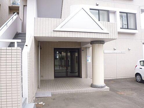 マンション(建物全部)-札幌市東区北十九条東5丁目 玄関