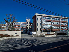 東村山市立東村山第四中学校 668m